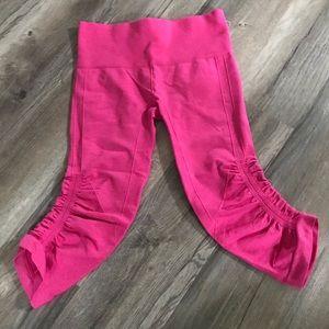 Lululemon In The Flow Crop Leggings Sz 4 Pink